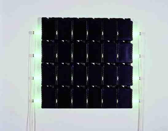 1991-Bill Culbert, Total Black, plastic bottles, fluorescent tube, 122 x 122 cm